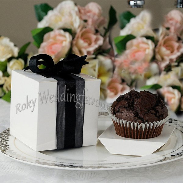 FREE SHIPPING 50PCS 9X9X9CM Square White Cupcake Boxes Wedding Favors Holder Cupcake Package Party Sweet Boxes