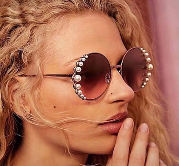 2018NewTop quality Brand Women Round Sunglasses Women's Unique pearl gold frame Designer Gradient lens Vintage Eyeglasses women sunglasses