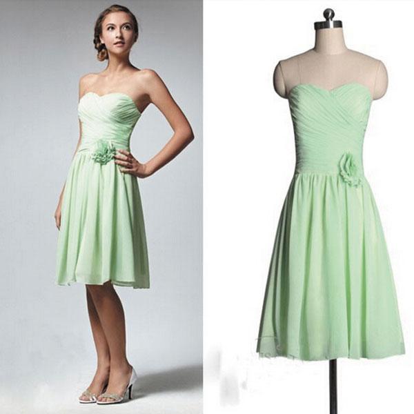 2018 Mint Green Bridesmaid Dresses Short Pleated Chiffon Junior Wedding Party Dresses