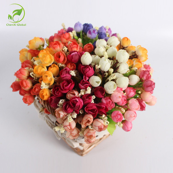 Autumn 15 Heads / bouquet Small Bud Roses Bract Simulation Fiori Silk Rose Decorative Flowers Decorazioni per la casa