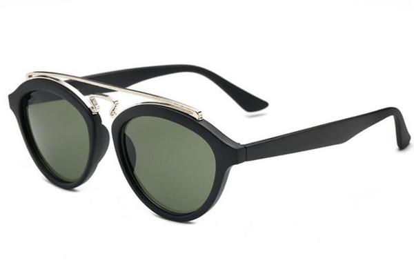 Nouveau conducteur de lunettes de soleil pour femmes conduisant des lunettes réfléchissantes colorées de la marque de mode hommes femmes 4257 lunettes de soleil en gros au détail