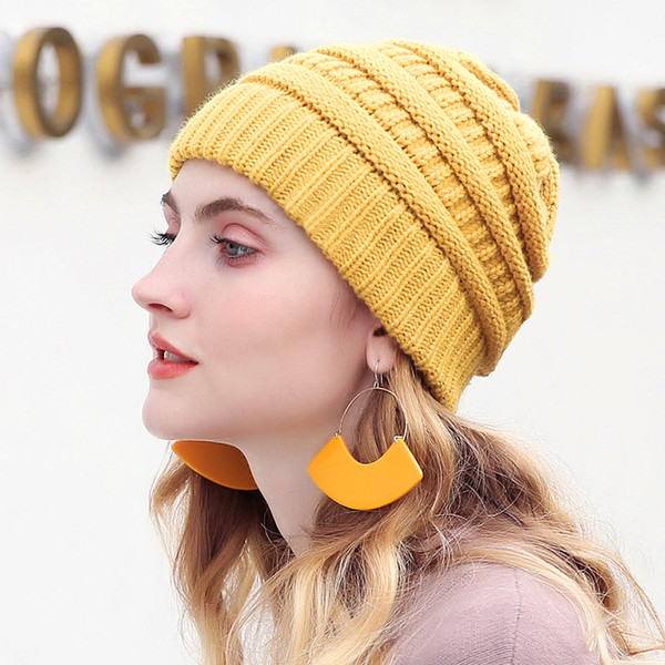 Drop Shipping 2018 Seal Beanies Winter Hats for Women Knitted Hat With Tag Warm Baggy Stretch Knit Chunky Cable Beanie Ski Cap Y18110503
