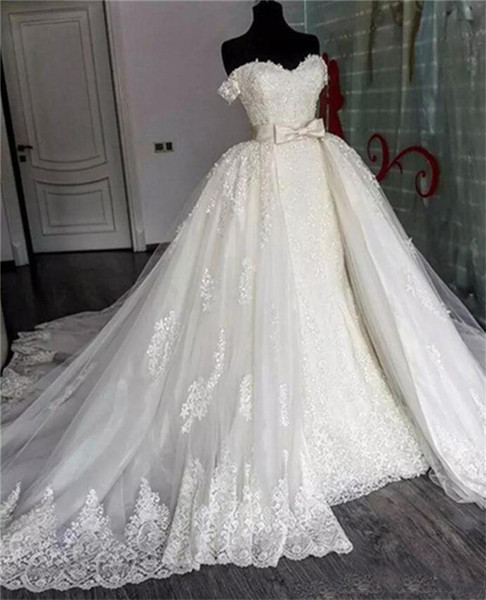 Amazing Off The Shoulder Lace Wedding Dresses With Overskirt Bow Lace Appliques Bridal Gowns Detachable Train Custom Made Wedding Gown