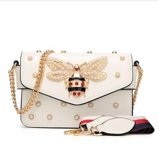 best selling Fashion women's bag 2018 new pearl bee bag European wild temperament shoulder slung small bag sweet lady tide