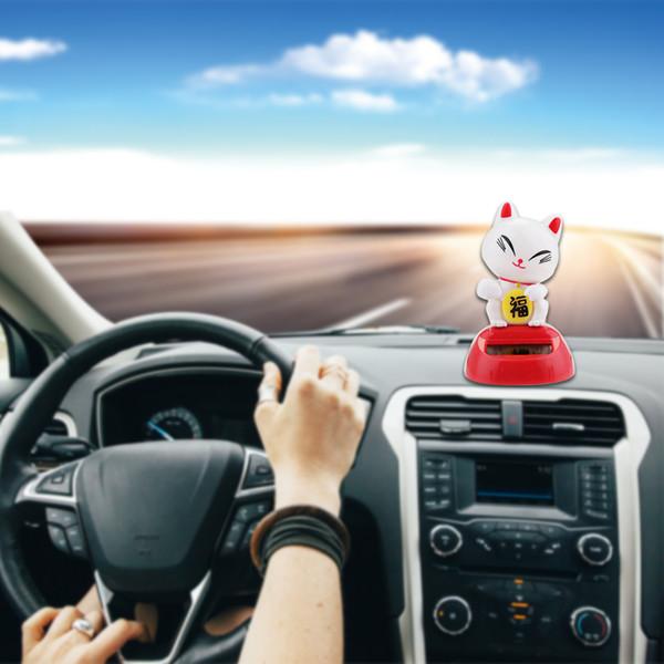 Auto-Styling Solar Power Scuotere la testa Panda Frog Shake Head Simpatici animali Giocattoli per auto Interni Ornamenti Decorazioni per auto