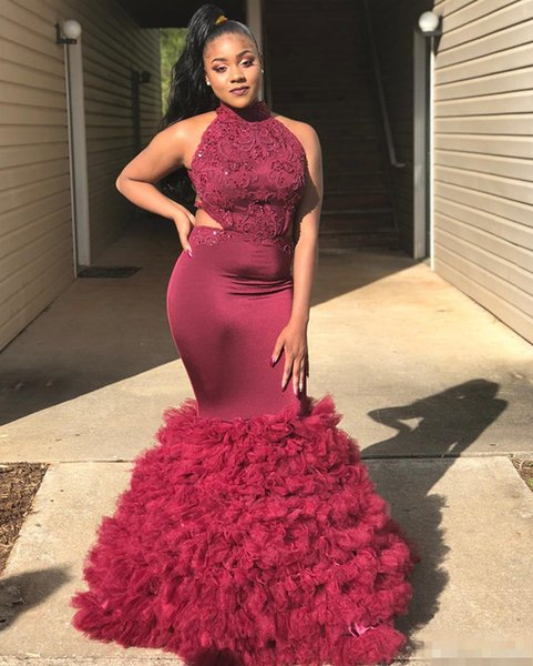New Arrival 2018 Long Prom Dresses Mermaid Red Halter Neck Lace Applique Backless Tulle Beads Crystals Evening Gown vestidos de fiesta