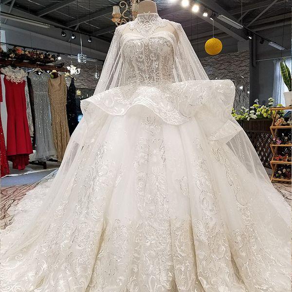 2019 Bohemian Long Lace Veil Wedding Dresses Tassel Collar Strapless Sweetheart Neck Backless Shining Crystal Sequins Garden Wedding Gowns