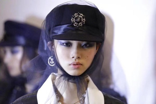 Высокого Класса Женщин Шерсть Мода Cap Дамы Шляпы Счетчик Темперамент Берет Черный Натуральная Кожа