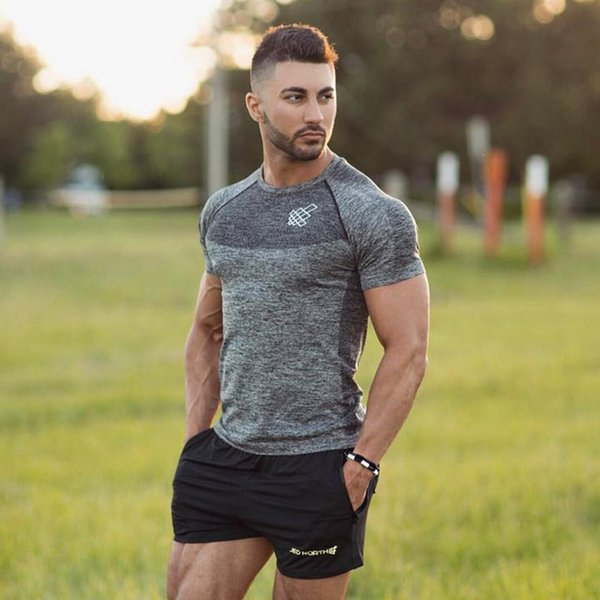 2018 Newest Men Pro Quick Dry Workout Gymming Top Tee Sporting Runs Compress Fitness Clothes Slim camisetas hombre t shirt