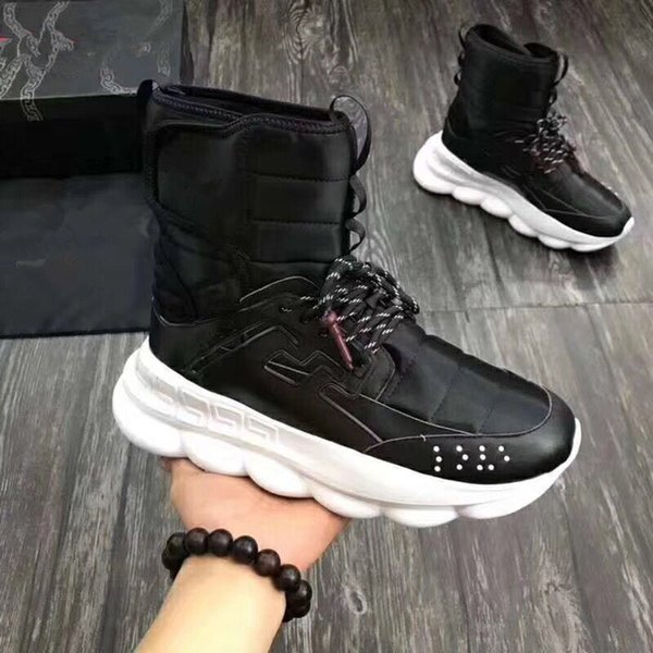 2018 autumn and winter new Medusa men's shoes thick bottom increased short tube Martin boots Korean high-top men's shoes885601