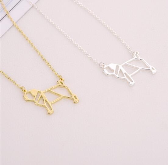 Jewelry creative fashion pug cute dog hollow necklace pendant factory direct Europe and the United States explosion models creative fashion