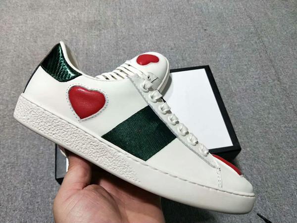 Men Women Sandals Designer Shoes Luxury Slide Summer Fashion Wide Flat Slippery Sandals Slipper Flip Flop qh18041001