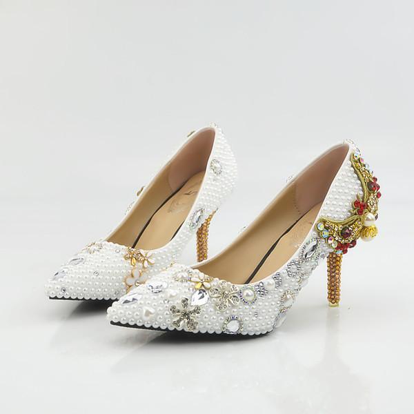 Großhandel Neue Schöne Weiße Perlen Frauen Pumps Spitz Bowtie Gelb Kristall Heels Hochzeit Schuhe Handgefertigte Dame Heels Plus Größe Von Qwr1314,