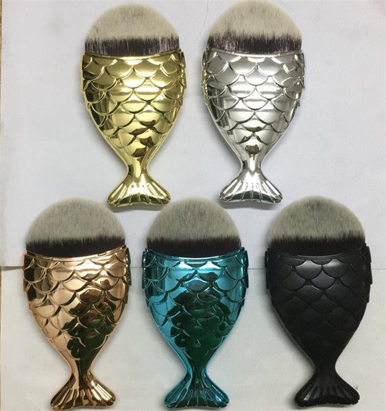 2017 Sirena Maquillaje Pincel Polvo Contorno Escalas de Pescado Mermaidsalon Foundation Brush Oro Rosa Oro Plata Azul Negro 5 colores DHL libre