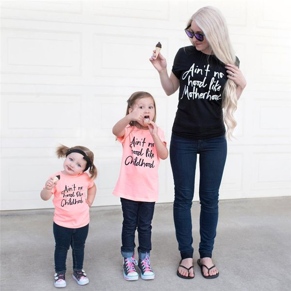 486a87fc2 Summer Family Matching Outfits Mommy and Me Clothes Letter Short Sleeved  T-shirt Mother Daughter Tees Tops Family Look Clothing