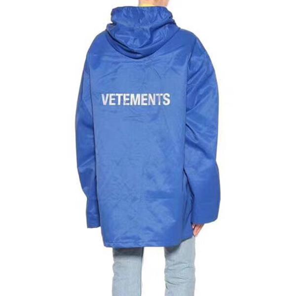 Vetements Hooded Raincoat Jacket Luxury Waterproof Fashion Street Casual Rainwear Coat Men Women Sport Outwear Jacket HFYMJK049