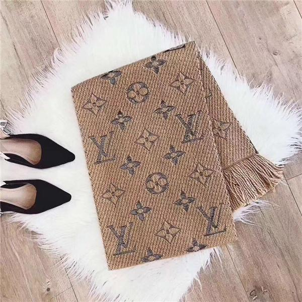 Klassische Markenmänner und Damen Wolltuch Buchstaben Fransen Schal Herbst und Winter Luxus Accessoires