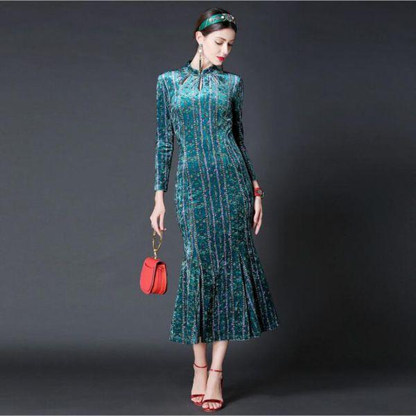 Neue Mode 2017 Designer Runway Winter Kleid Frauen Langarm Samt Aushöhlen Meerjungfrau Kleid