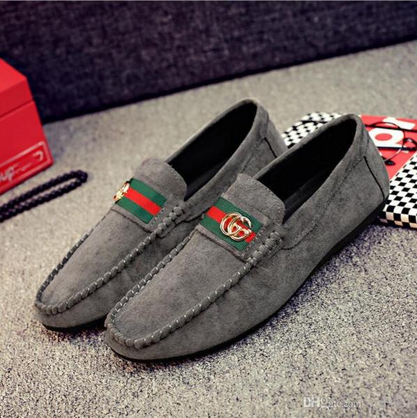 Lüks Yumuşak kadife Deri erkek eğlence elbise ayakkabı mens ayakkabı Metal Toka Slip-on Ünlü marka adam tembel düşler Loafer'lar Zapatos Hombre # N124