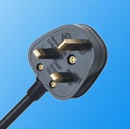 220V, UK-Stecker