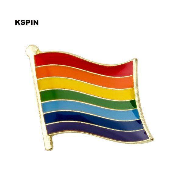 LGBT Gökkuşağı Metal Rozet Pim Broşlar içinde Chapas Metalicas Kawaii iğneler Seti Rozet Seti