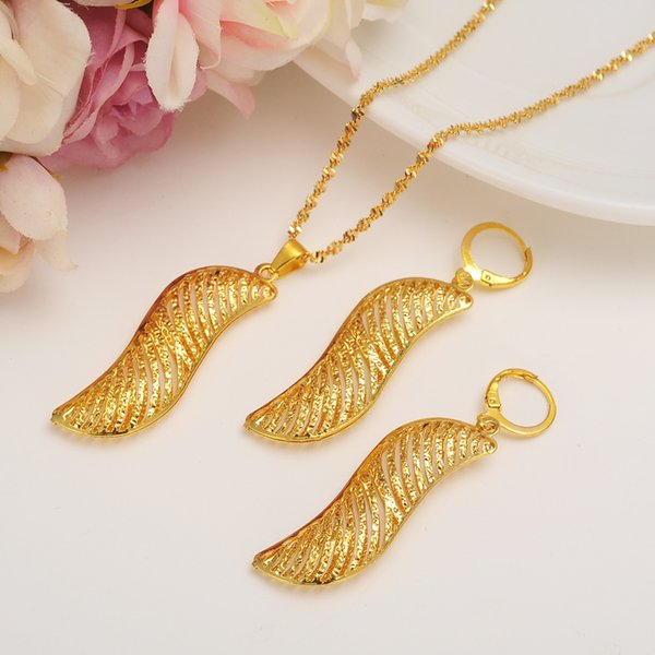 Dubai Gold Jewelry Set Fashion African Jewelry Hollow Fan-Shaped Dangle Earrings pendant Necklace For Women Gift girls charms