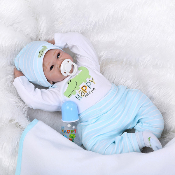 22 pouces 55 cm Reborn Toddler Bébé Poupée Garçon Souriant Bébé Poupée Silicone Corps Boneca Avec Des Vêtements Réaliste Mignon Cadeaux Jouet