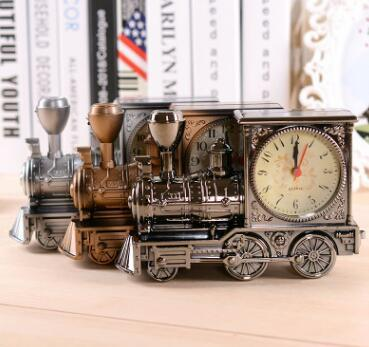Creative Antique Locomotive alarm clock  Boutiques wholesale Vintage ornaments gift Student desk clock Daily items in the home