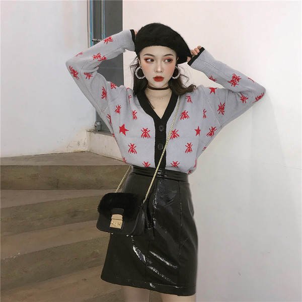 Lazy Wind, Five Pointed Star Spiders, Color Printing, V Collar Jacquard Knitted Cardigan, Women's Autumn Long Sleeved Sweater.