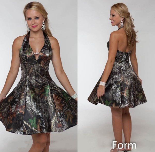 2019 Short Camo A line Wedding Dresses Summer Beach Bridal Gowns Halter Knee Length Backless Wedding Party Dresses