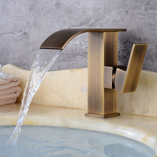 Messing Antik Faucetbrass Antik Gold Wasserfall-Badezimmer-Bassin-Hahn-Bad Waschbecken-Mischer-Hahn mit heißen und kaltem Wasser Mixen Armaturen