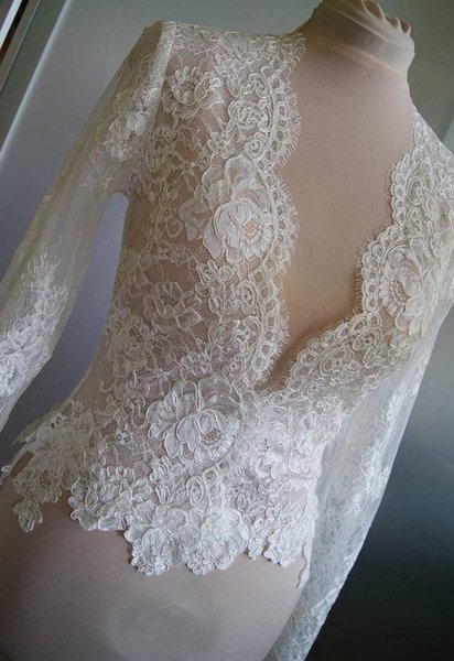 V collar lace Long Sleeves Lace Bridal Bolero Jacket With Sleeves Custom Made White Ivory Champagne Bridal Wraps 2019