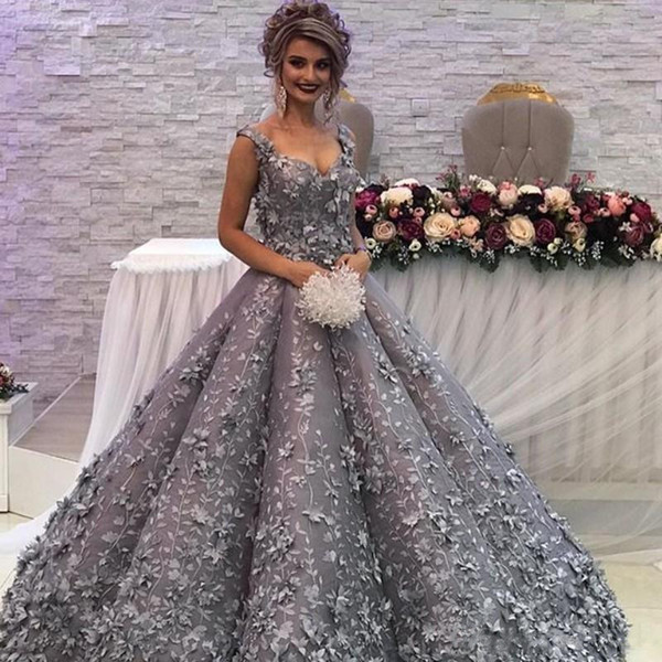 3D Flower Appliqued Silver Evening Dresses Glamorous Sweetheart Strap Lace Appliques Engagement Dress Charm Arabia Ball Gown Prom Dress