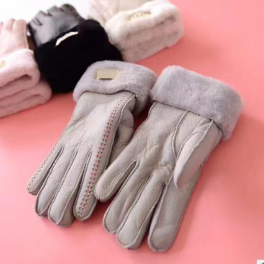 leather gloves outdoor cycling wind ladies point to gloves to keep warm and thicken in winter Sheepskin, wool and fur integrated