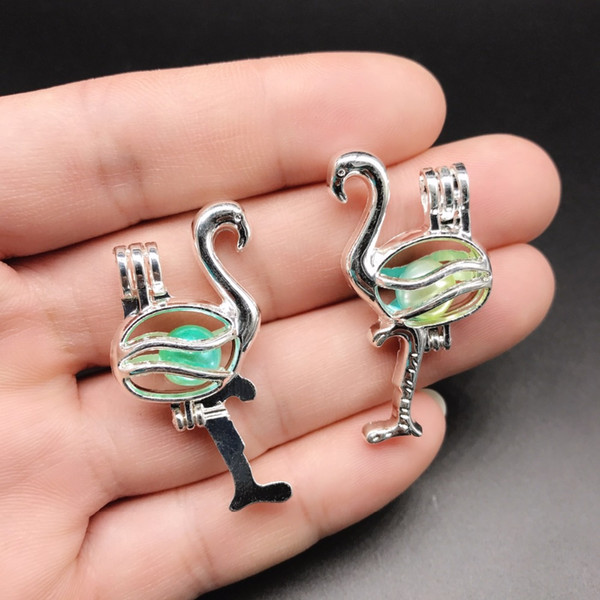10pcs Bright Silver Flamingos Pearl Cage Jewelry Making Bead Cage Pendant Aroma Essential Oil Diffuser Locket For Oyster Pearl