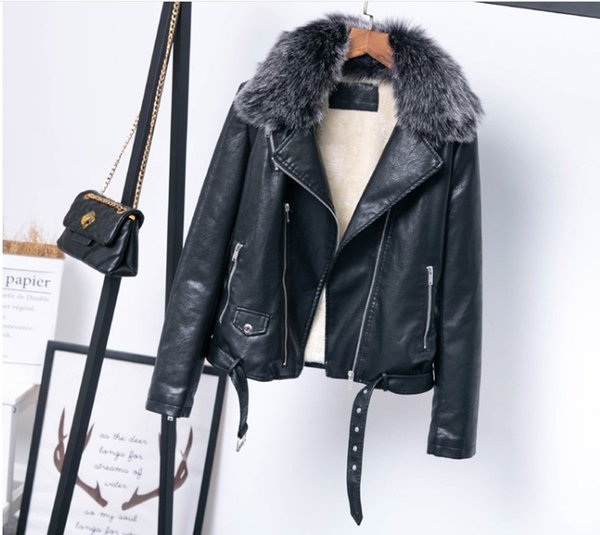 2018 winter popular lamb hair PU leather jacket belt motorcycle clothing solid color detachable fur collar jacket