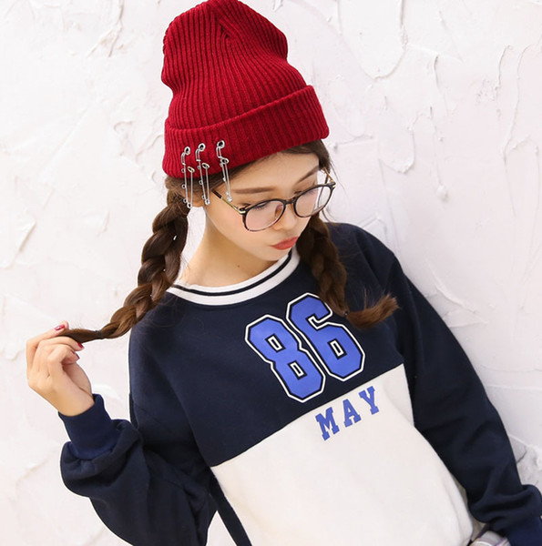 Korean version of school wind autumn winter knitted sweater cap pin cap head cap cold hat and damp men and women warm sweater hat