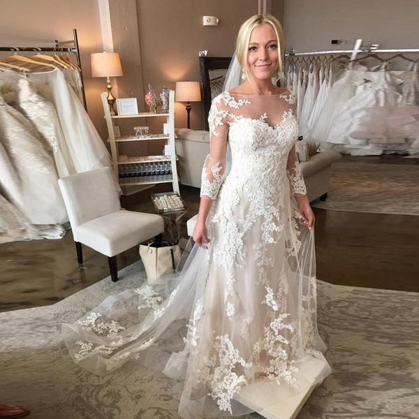 Stylish A Line Lace Appliques Wedding Dresses Scoop Neck 3/4 Sleeve Sheer Plus Size Bridal Gown Sweep Tran Wedding Gowns