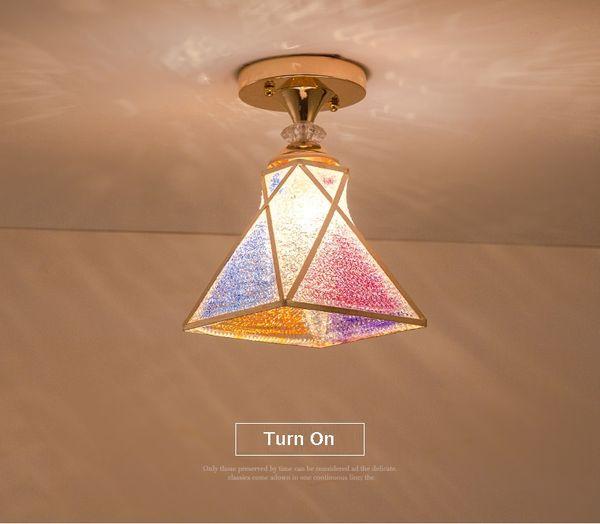 1 Потолочный светильник