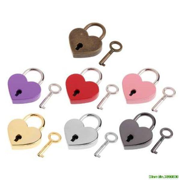 top popular Heart Shape Vintage Old Antique Style Mini Archaize Padlocks Key Lock With key 2021