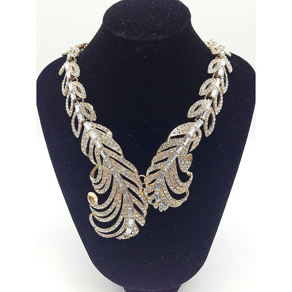Female necklace