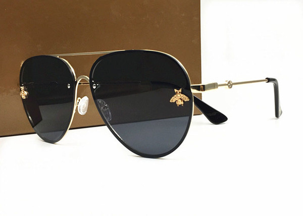 Italy New Bees Sunglasses Women Trending Luxury Sunglasses Retro Metal Frame Fashion Brand Designer Vintage Lunettes Accessories With Case