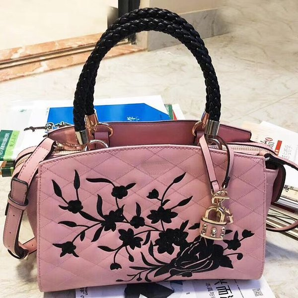 New arrival cla ic women tyle houlder bag pu high grade embroidery compo ite bag multicolor