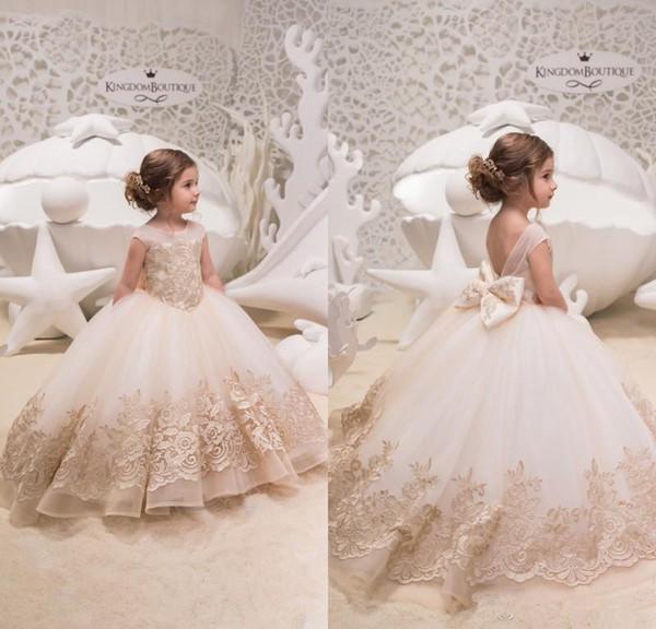 Compre 2019 Vestidos De Princesa Para Niñas De Flores Con Encaje Sin Espalda Apliques De Encaje Piso Largo Vestido De Comunión Para Fiesta A 8845