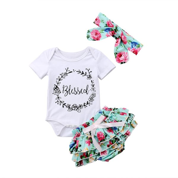 Tops de algodón recién nacido de las muchachas del bebé mameluco floral  volante cortocircuitos diadema trajes conjunto ropa 0-18 M 584cabe65e2