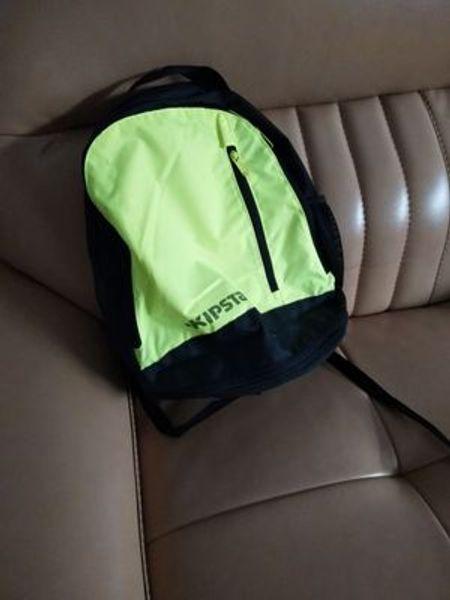 Decathlon sırt çantası erkekler ve kadınlar öğrencileri çantası spor çantası spor çantası hafif 2017 yeni KIPSTA