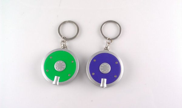 Round light led plastic key chain lamp, promotional advertising led electronic lamp jewelry lamp small gift lamp