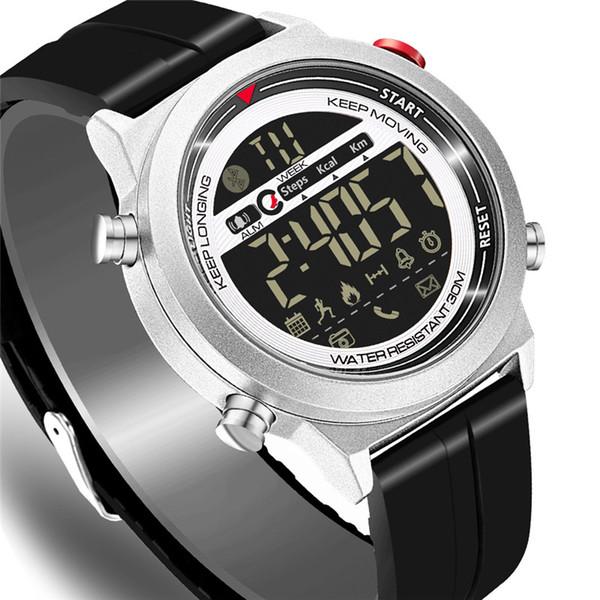 Smart watch explosion models Bluetooth sports step counter phone information remote self-timer alarm reminder waterproof luminous smart watc