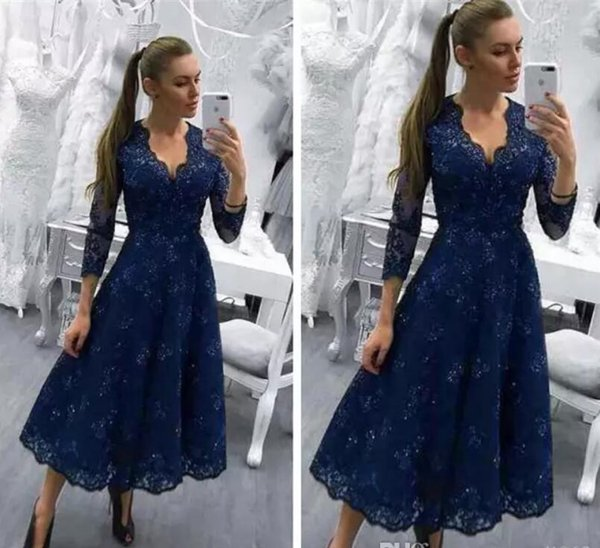 Hot Selling V Neck 3/4 Long Sleeves Navy Blue Tea Length Mother of the Bride Dresses with Appliques for Wedding Party In Stock