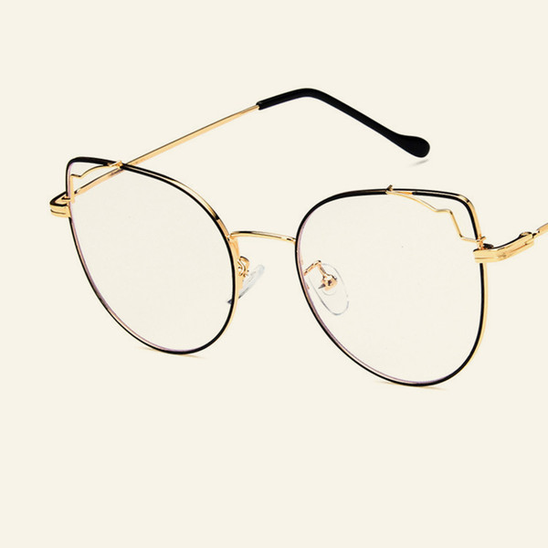 New retro big box cat eye flat mirror Korean version of metal personality glasses frame with myopia student glasses frame.